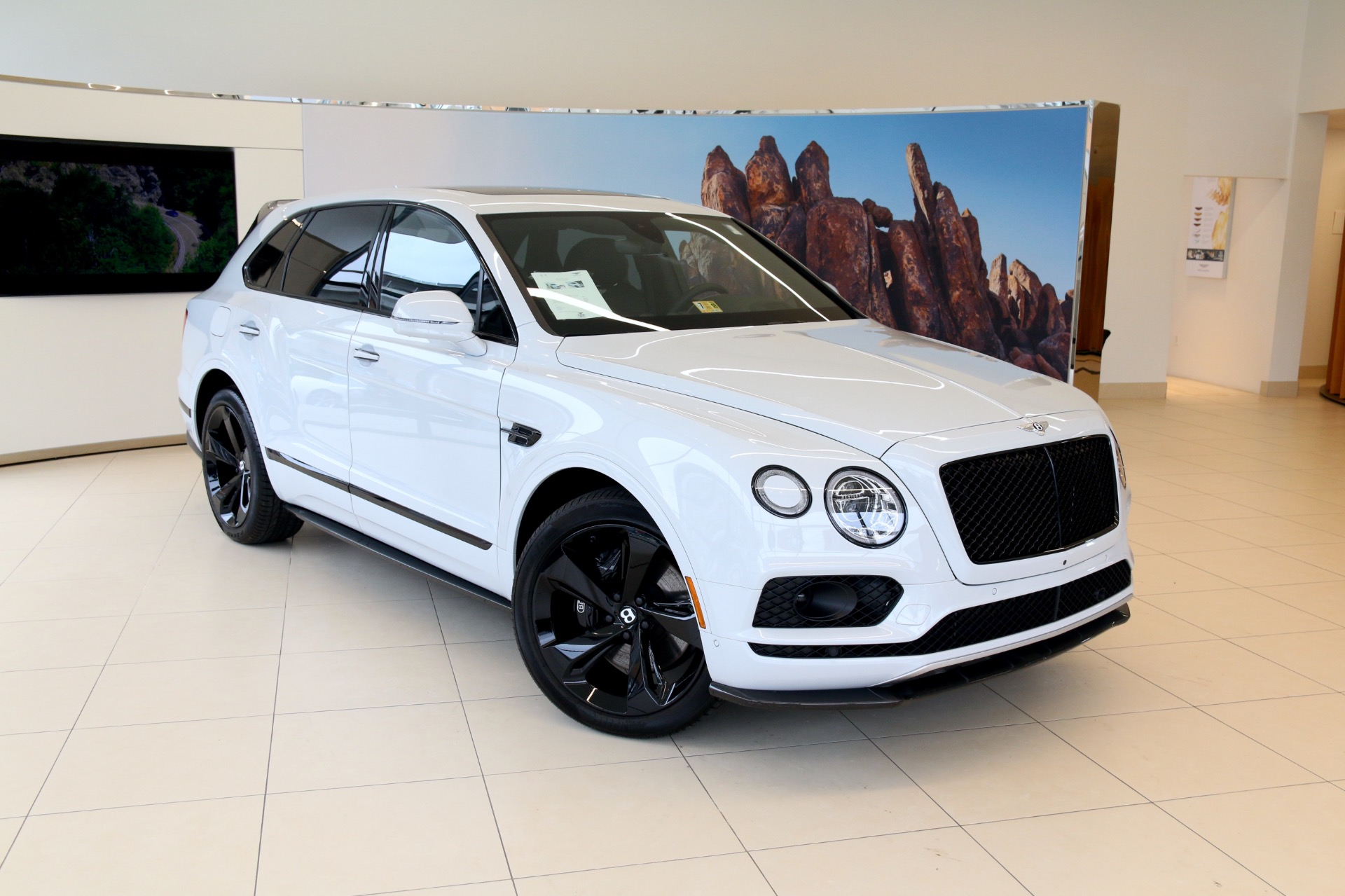 2018 Bentley Bentayga: Mulliner Version, Changes, PRice >> 2018 Bentley Bentayga W12 Black Edition Stock 8n018691 For