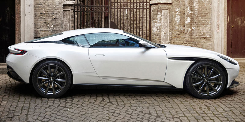 DB11 V8 Coupe